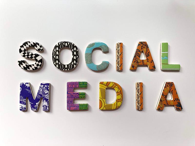 napis social media
