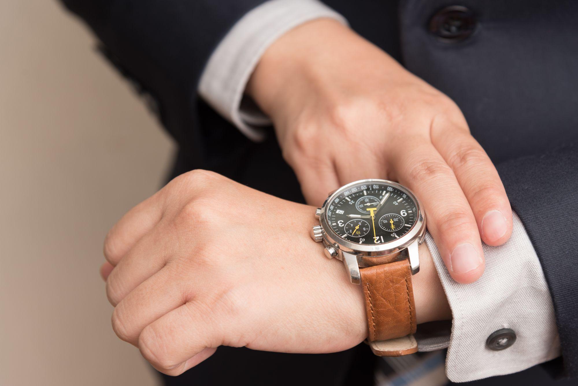 Co sprzedawać w 2021 - klasyczne zegarki
