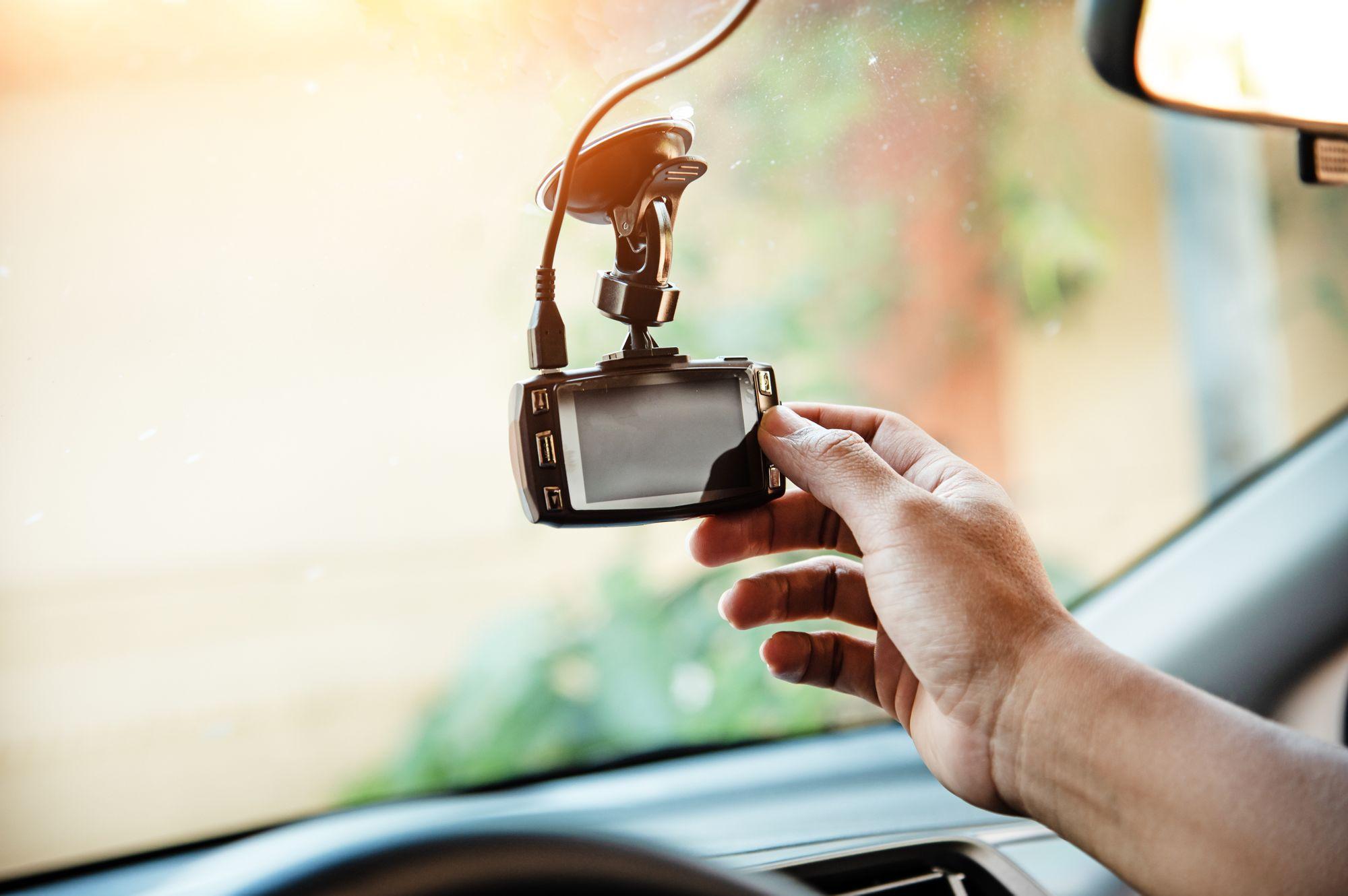 Co sprzedawać w 2021 - kamery samochodowe