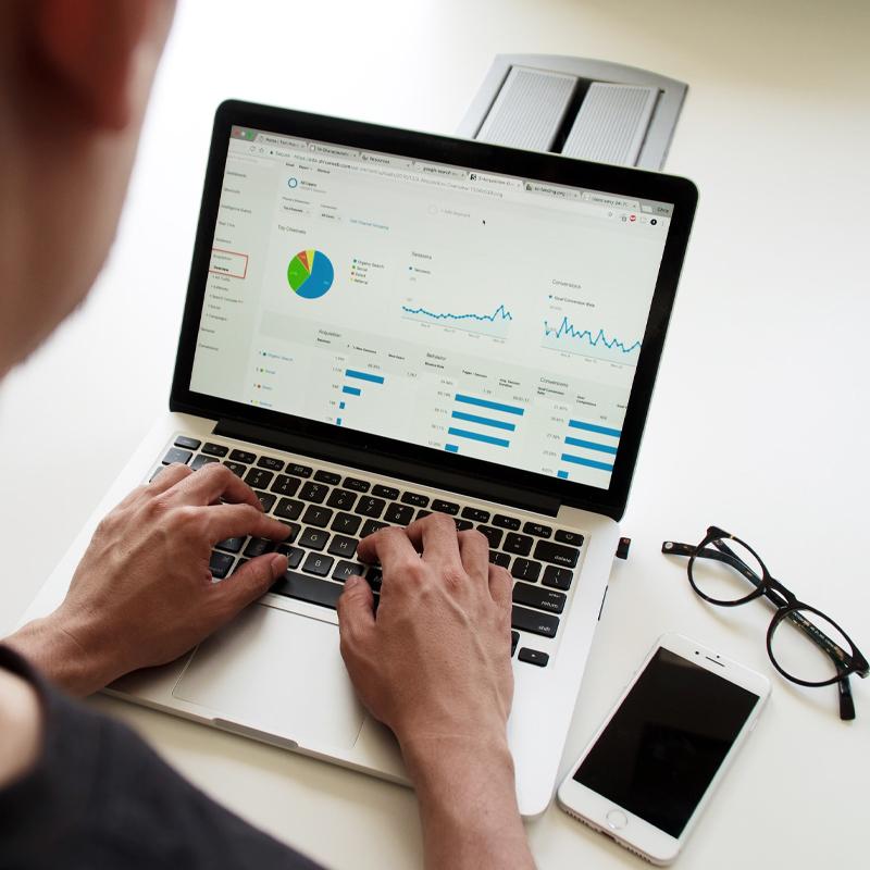 O czym należy pamiętać, rozpoczynając pracę z Google Analytics? - SEO blog